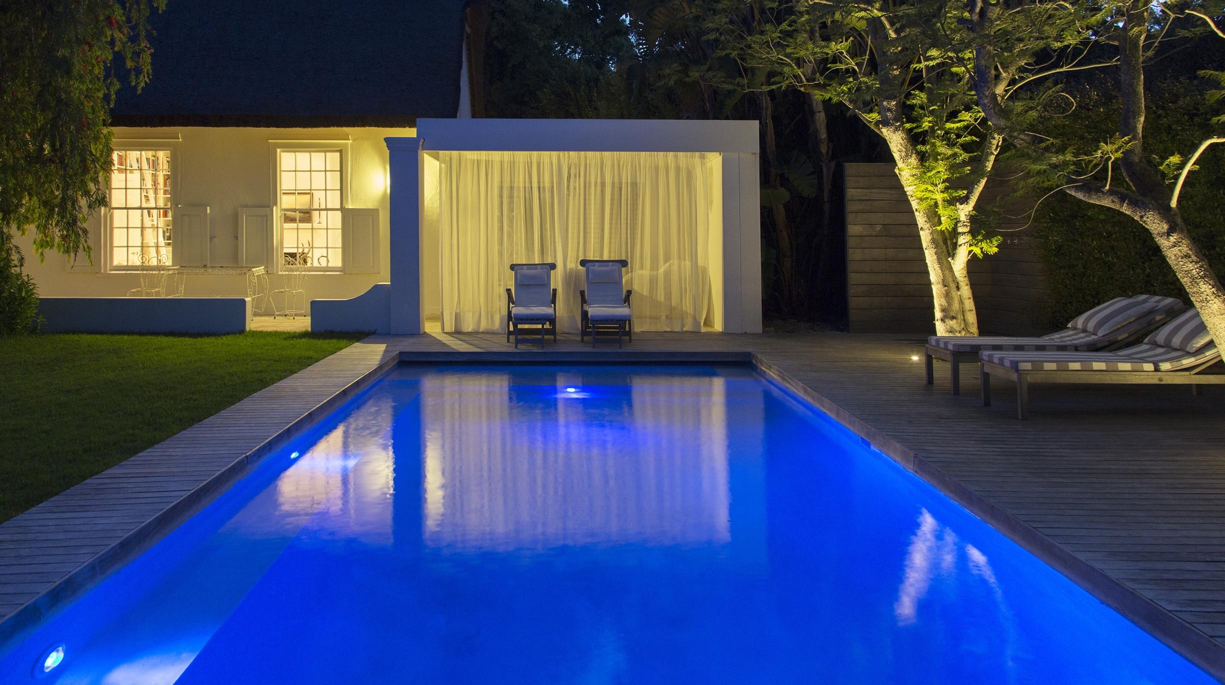 article-eclairage_piscine_coque Notre actualité