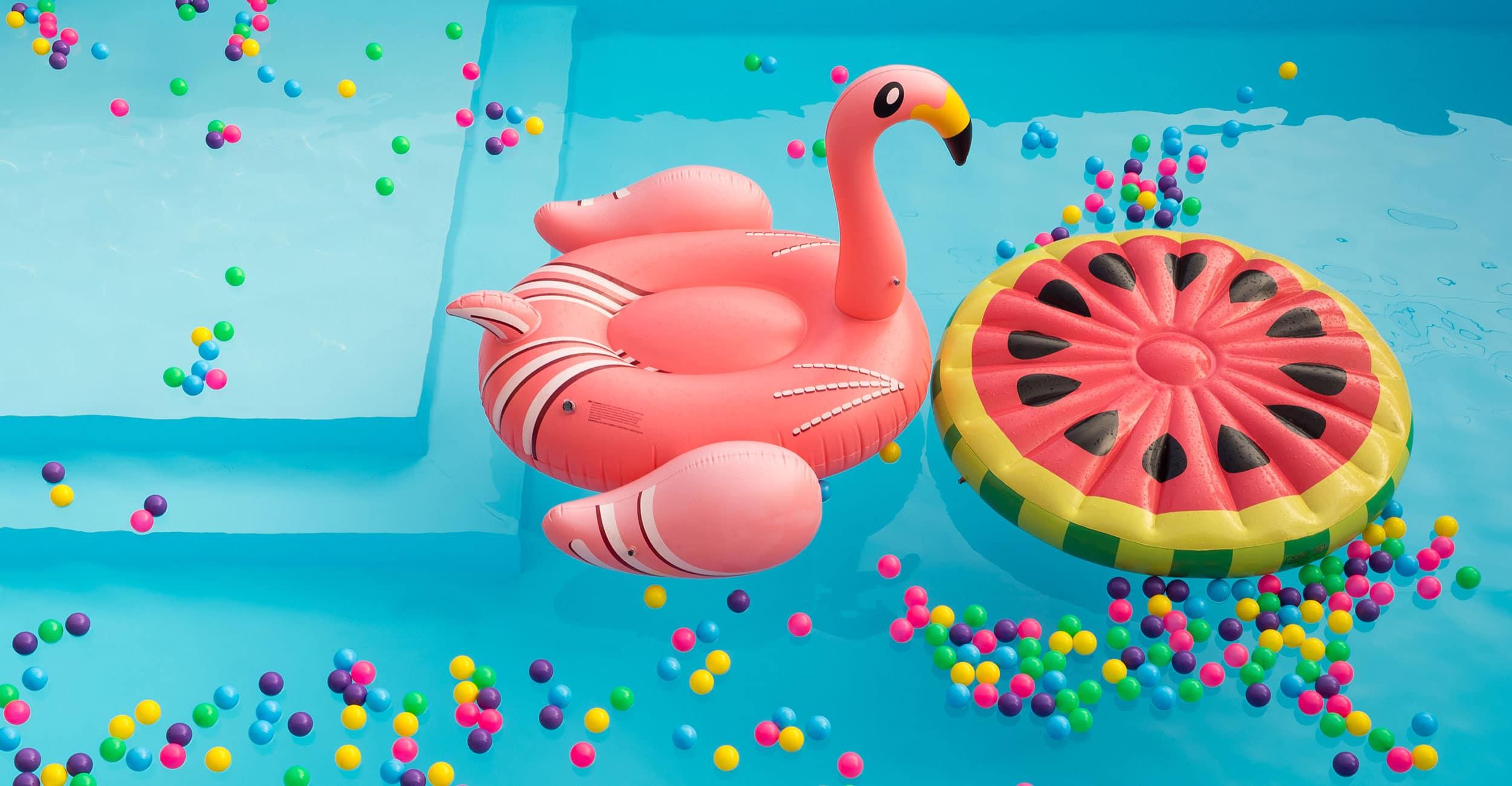 gp_jeux_2500x1300px Idées de décoration pour aménager son espace piscine à coque