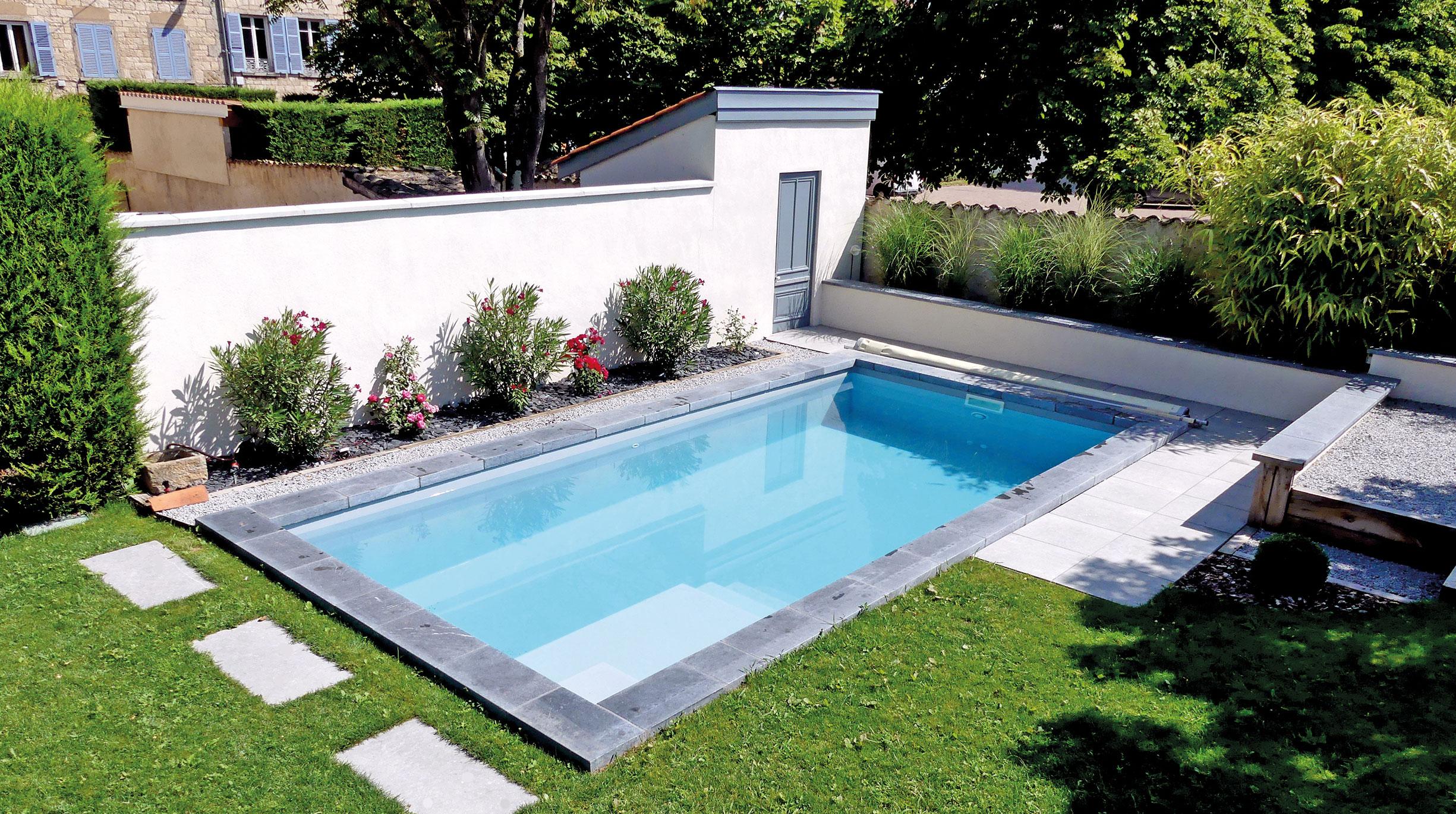 modele-callelongue-ambiance Quel système de filtration choisir pour sa piscine coque ?
