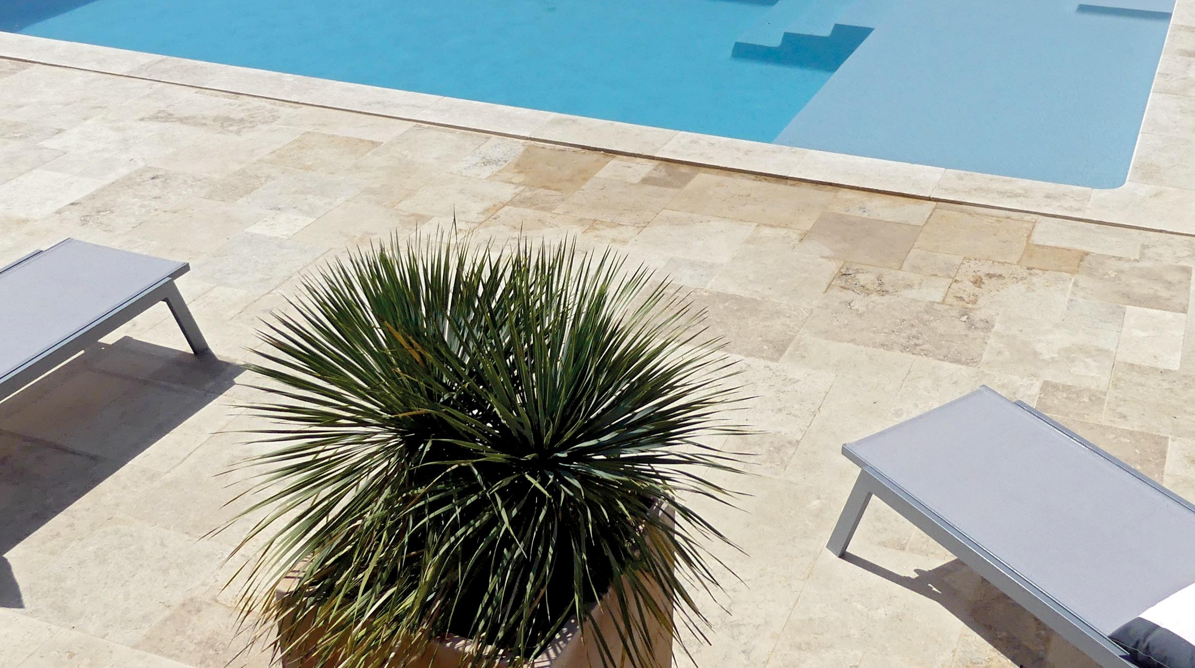 pierre-naturelle Comment choisir le revêtement autour de sa piscine ?