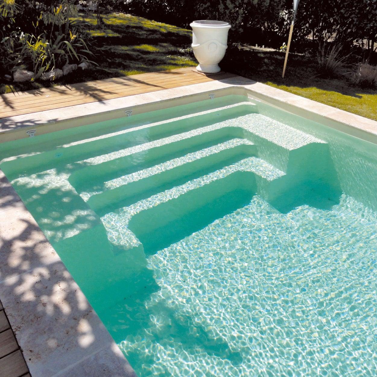 realisation-piscine-coque-devenson Modèle Devenson
