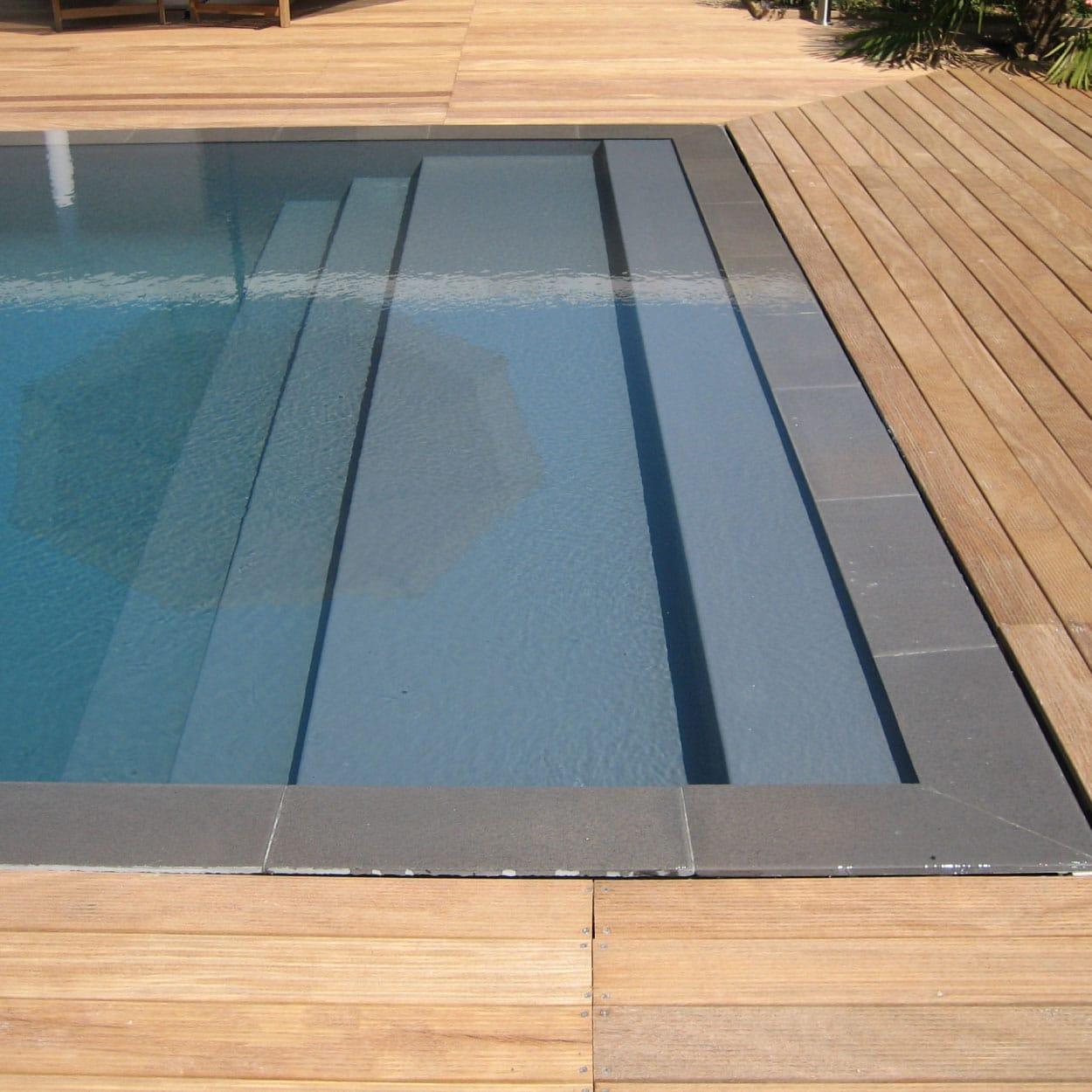 realisation-piscine-coque-elegance-xl Modèle Élégance XL