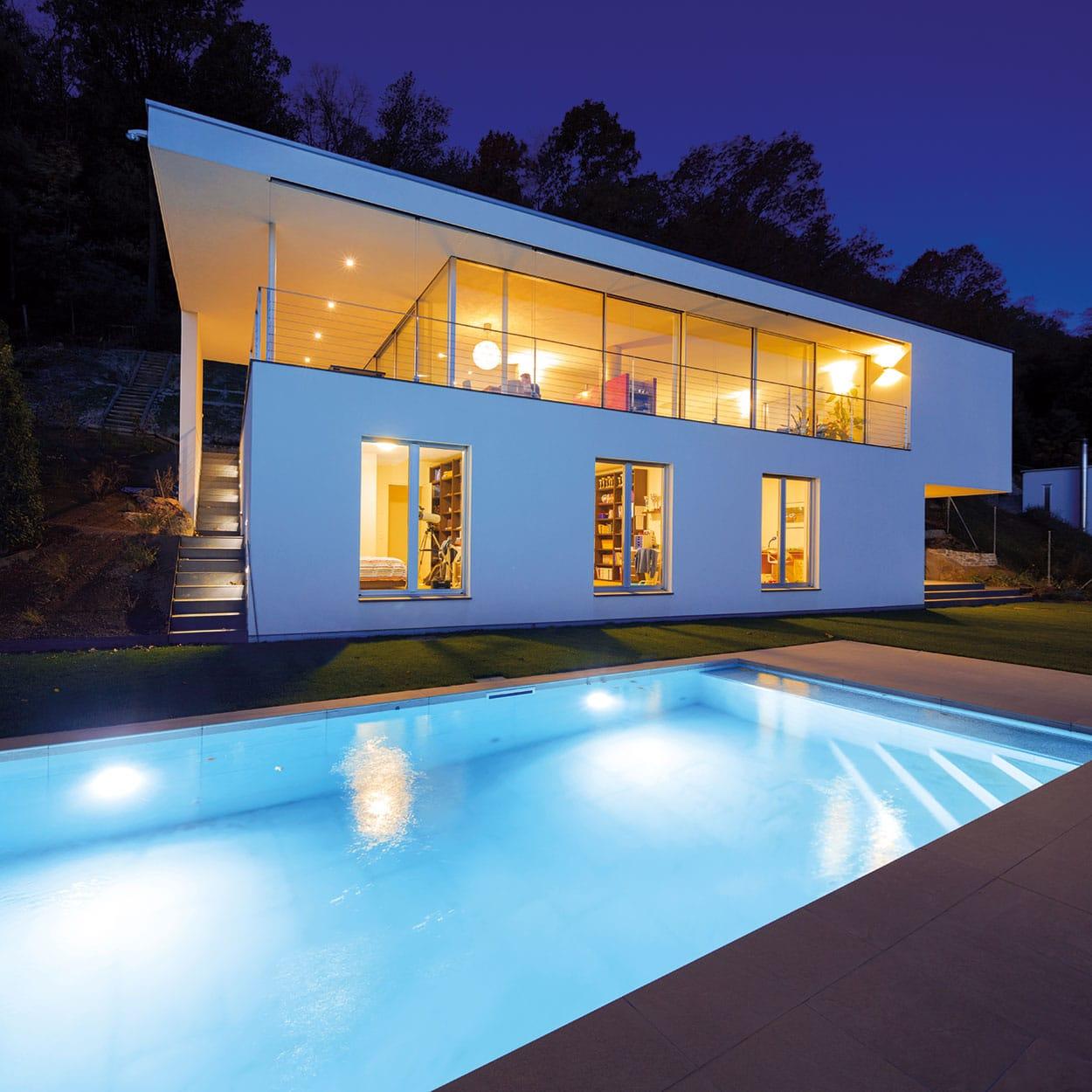realisation-piscine-coque-extra-90 Modèle Extra 90