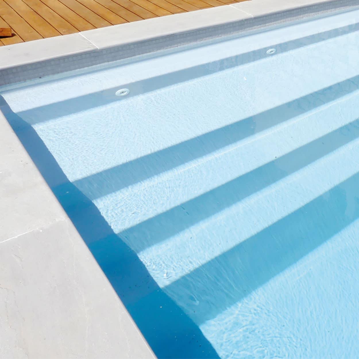 realisation-piscine-coque-inizan Modèle Inizan
