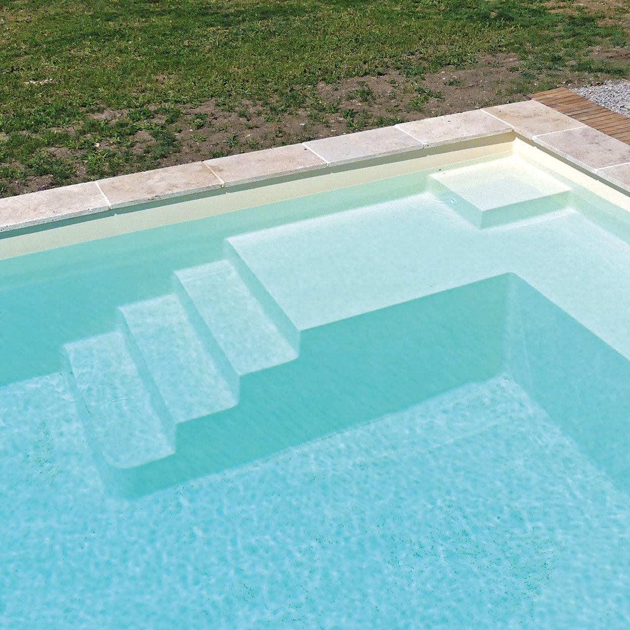 realisation-piscine-coque-mont-blanc Modèle Mont Blanc