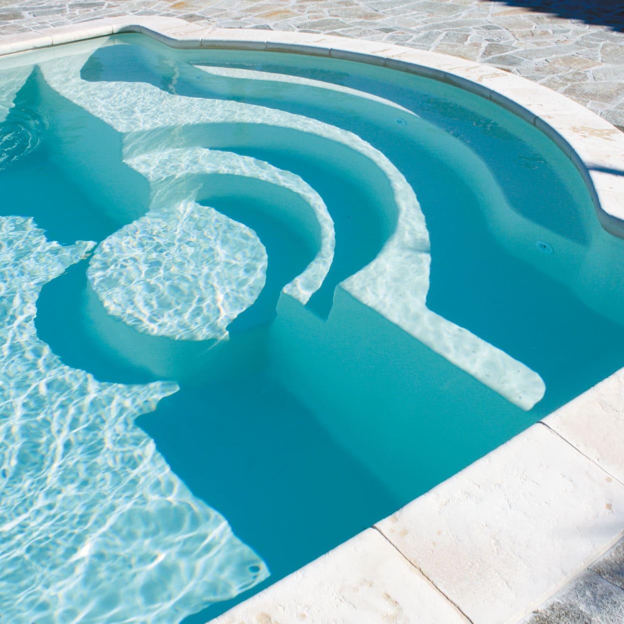 realisation-piscine-coque-porquerolles Modèle Porquerolles