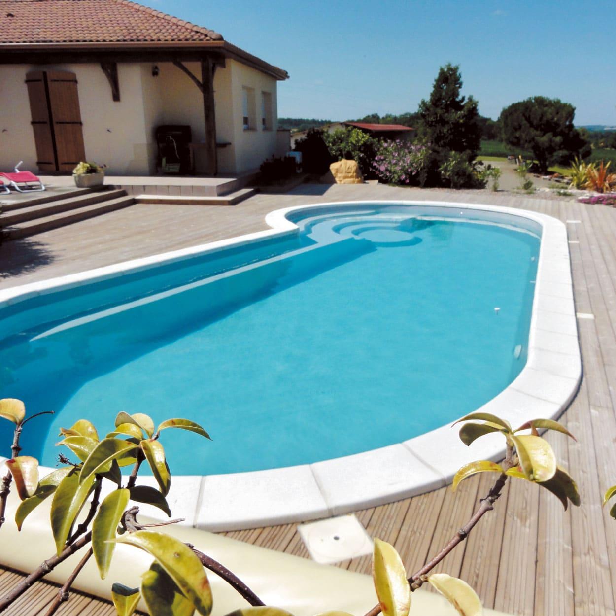 realisation-piscine-coque-port-cros Modèle Port-Cros