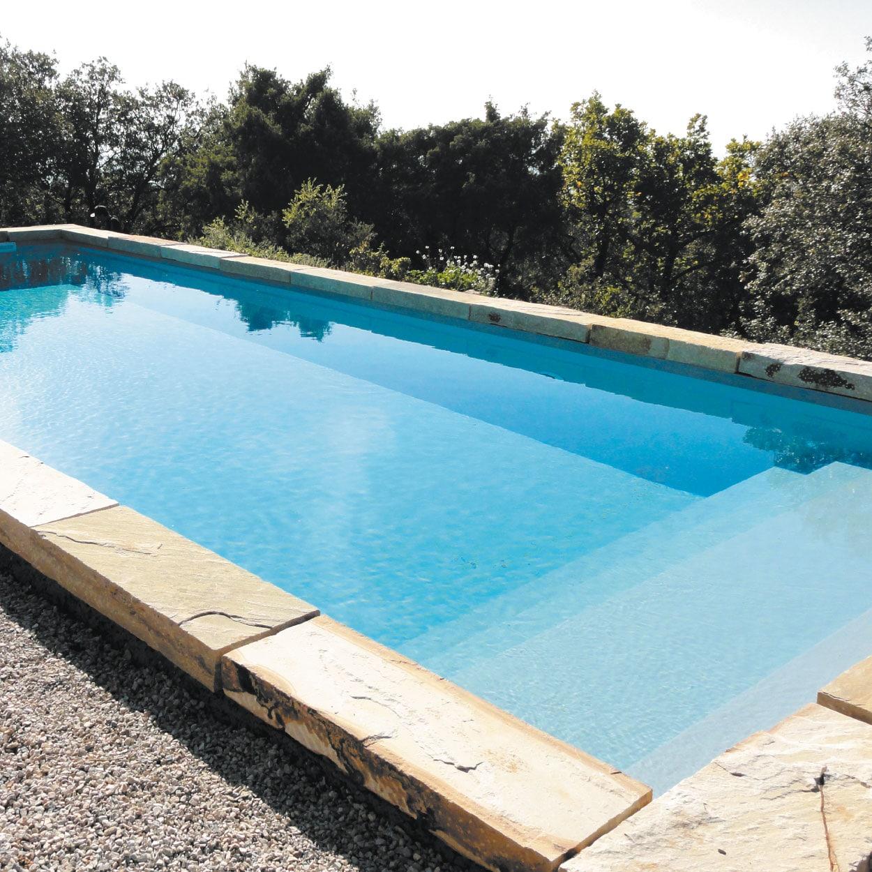realisation-piscine-coque-sugiton Modèle Sugiton